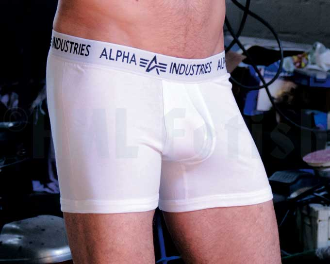 Bodywear Boxer Brief white An extra short Boxer Short by Alpha Industries. Made from 95% Cotton and 5% Elasthane. Wash at 40°C.
