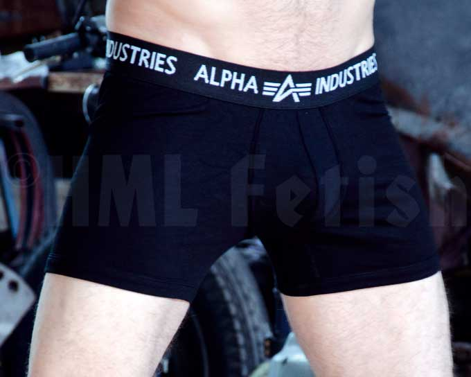 Bodywear Boxer Brief black An extra short Boxer Short by Alpha Industries. Made from 95% Cotton and 5% Elasthane. Wash at 40°C.