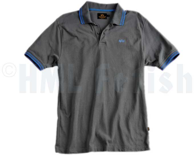 Alpha Twin Stripe Polo gris-bleu The typical scene-polo manufactured by Alpha Industries. 100% cotton with embroidered breast logo and only two buttons – requested for a real polo. This Polo will be delivered in blue with grey stitched breast logo and twin striped collar and sleeves.