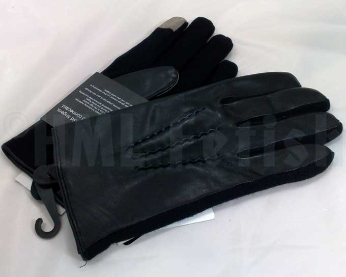 Touchscreen-Gloves large Did you already try to use the touchscreen of your smartphone or tablet outside in the cold? Then you know the problem pointing on the glass with stiff and frozen fingers unable to type correctly or to draw a straight line.