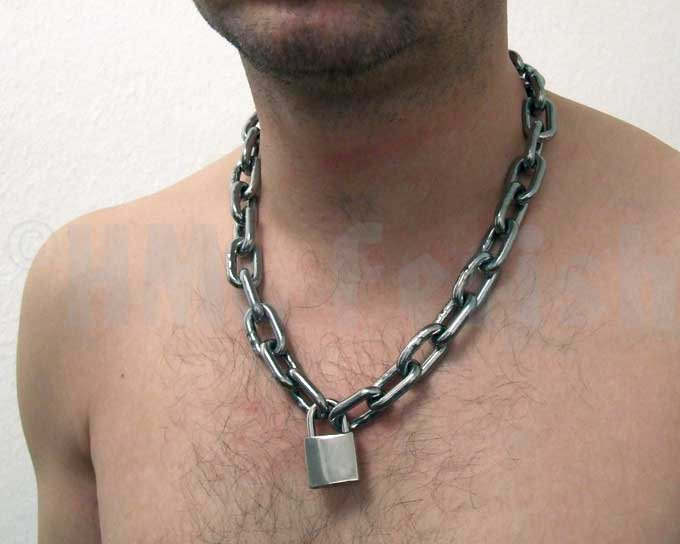 Stainless Steel Chain New at HML-Fetish – slave equipment, which is suitable for everyday use: these chain from stainless steel can be worn under a shirt. So you'll be properly locked in suit & tie too!