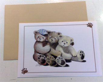 Carte de vœux »Bear Companions« Carefully drawn and manufactured in Germany. The artist can't deny his preference for more the bear in us all – an absolute rarity! Each card sealed with an envelope.